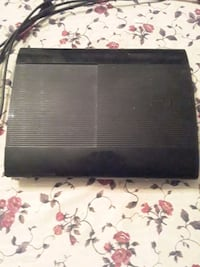 PlayStation 3 with 21 games and 1 controller