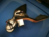 Ladies shoes 8 1/2  Hamilton