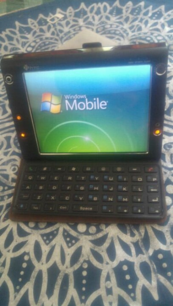 Htc mobile computing devices in good condition cc8cd20b-92fa-4aca-b0b5-7b9a18afbd17