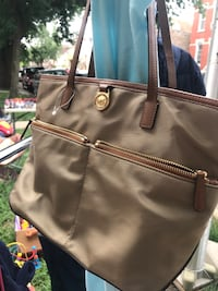 Brown and black leather tote bag Chicago, 60609