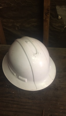 3m white hard hat