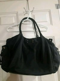 black leather 2-way handbag Surrey, V3T 5X5
