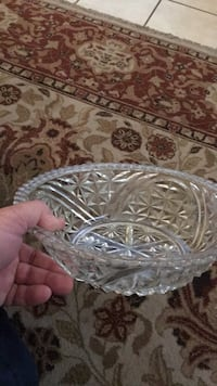 clear cut glass bowl with lid Victorville, 92395