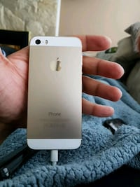 Iphone 5s locked to rogers Surrey, V3R 5V7