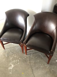 2 chairs  Milford, 18337