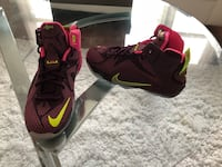 pair of black-and-red Nike basketball shoes Forest Heights, 20745
