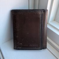 Fossil Wallet - Brown Richmond Hill, L4C