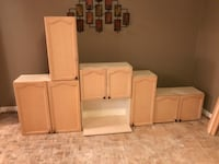 Full kitchen cabinets (9upper and 6 lower) King