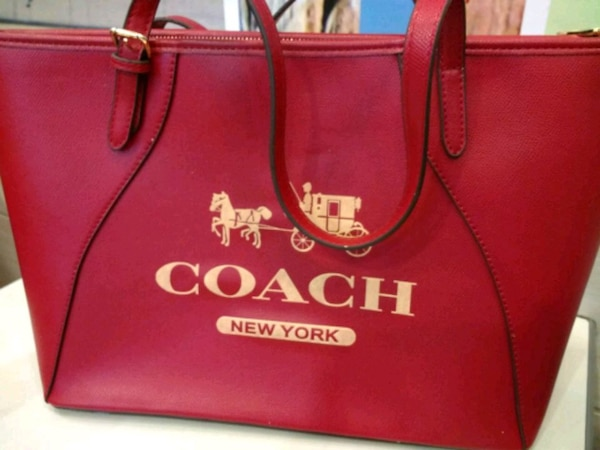 Coach hand bag NEw