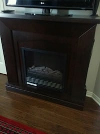 Dark brown electric fire place Châteauguay, J6K
