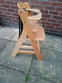 Kids High Chair South Yorkshire, S65 1LZ