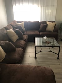 Brown sectional down feather all pillow have zipper washable very clean queen sz build in bed Glendale, 85301