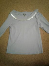 Ladies top. Morristown, 37814