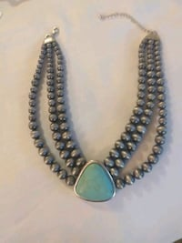 Boutique necklace.. turquoise large in size Oklahoma City