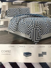 Brand new twin comforter set