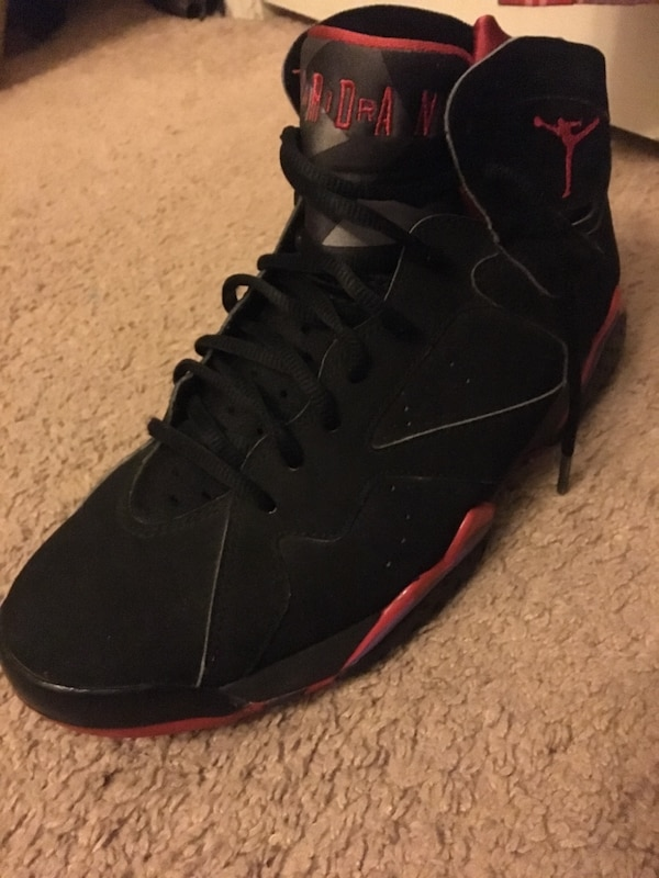competitive price 4b267 763b2 Unpaired black and red air jordan 7