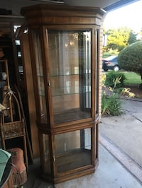 Wood display curio cabinet with glass panels and glass shelves Orland Park, 60462