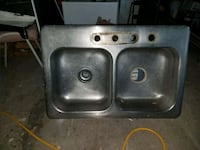 stainless steel double kitchen sink I haven't cleaned it in the pic Virginia Beach, 23451