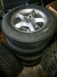 2002 BMW X5 OEM rims with tires