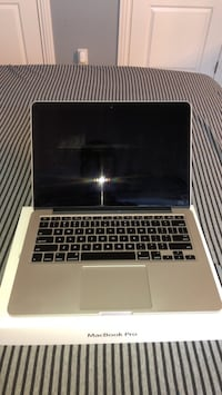 Macbook Pro 13.3 in 8gb RAM 2.6 GHZ i5 128gb SSD Brunswick, 44212