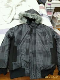 gray zip-up jacket Toronto, M4R 1G5