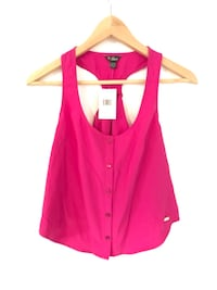 New With Tags Guess Crop Top Springwater, L0L