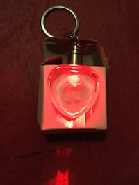 Red floral keychain= new York, 17404