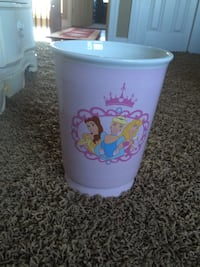 Disney princesses ceramic container