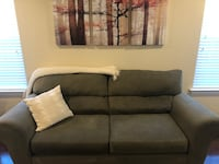 Couch/Sofa & Love Seat Chesapeake, 23320