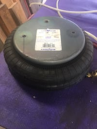 12 GoodYear air bags used