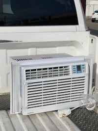Simplicity 6000 BTU Window Air Conditioner Edmonton, T6M 0A4