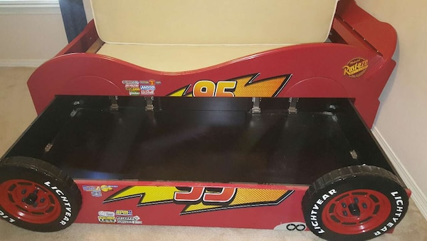 Disney Cars Lightning Mcqueen Twin Bed W Trundle