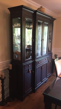 Brown wooden framed glass display cabinet/ buffet 2 morceaux bois massif noyer Laval, H7M 4E9