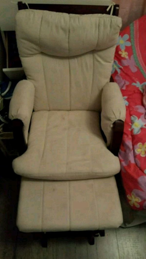 Rocking chair good condition