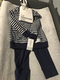 Brand new Carters 3 piece Layette set - size 9 months