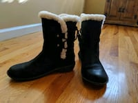 Uggs Womens Acadia Boot Size 9 Chester, 10918