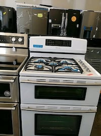 New Jenn air gas stove and electric oven  Bowie, 20715