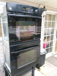 Black GE profile double oven Plumsted Township, 08514