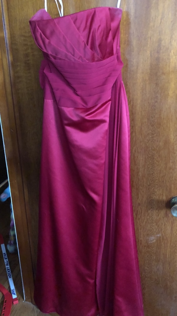 dc26437638 Used Red David s bridal size 8 style F13573 for sale in Cheektowaga ...