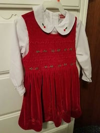 girl's red and white collared long sleeve rompers