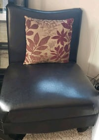 black and white floral sofa chair Rosedale, 21237
