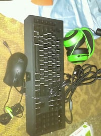 Razer PC Gaming keyboard mouse and headphones Palm Springs, 92264
