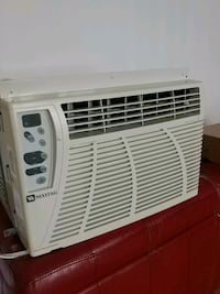 white window-type air conditioner Laval, H7V 1B3