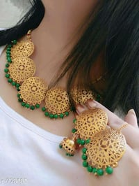 green and white beaded necklace Ahmedabad, 382210