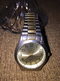 Quartz watch metal  Calgary, T3E 6L9
