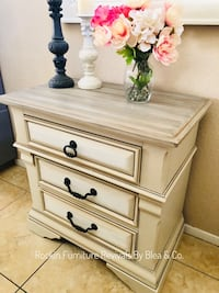 Large nightstand/ end table Henderson, 89014