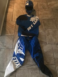 Motocross suit/ Helmet Fox Horizon City, 79928
