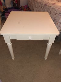 Square white   Land of Nod kids table Cranberry Township, 16066