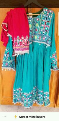 women's blue and red floral dress Newmarket, L3X 1P7