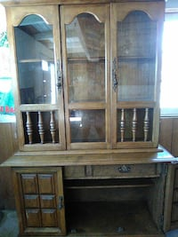 brown wooden framed glass display cabinet Atascadero, 93422